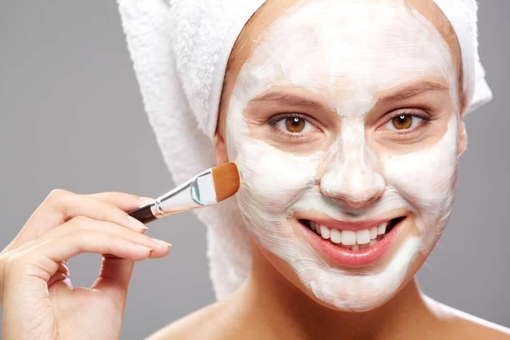 Увлажняющие маски для лица эффективные покупные и домашние средства