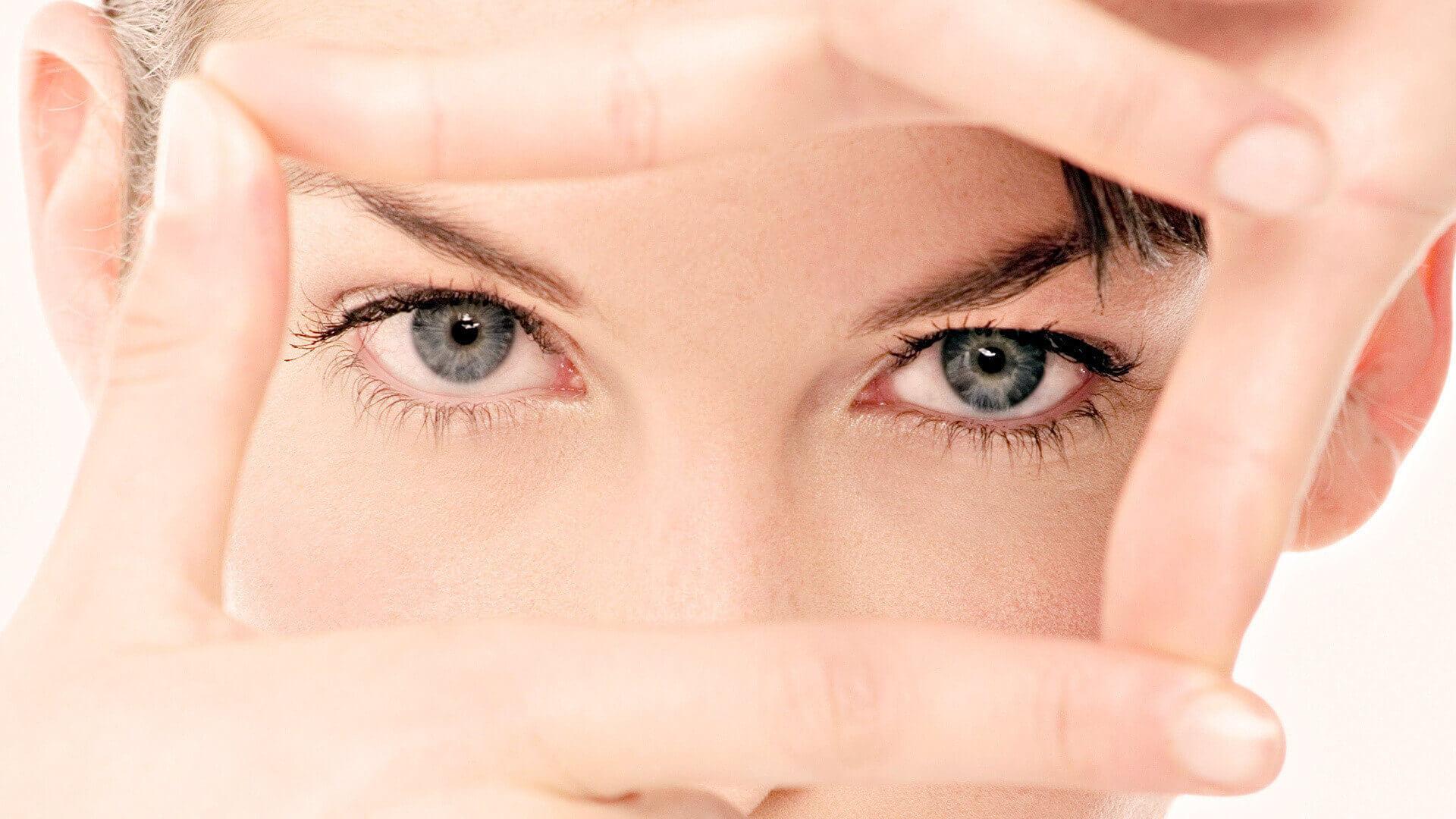 Какие тени нужны для серых глаз