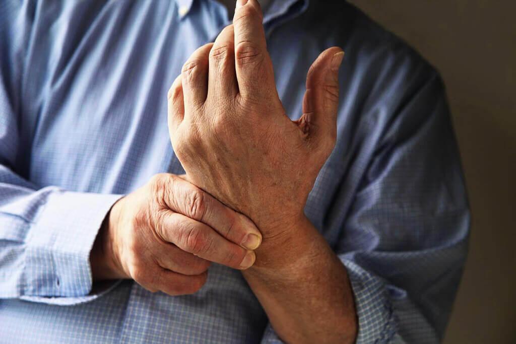 Болит Коленный Сустав При Приседании